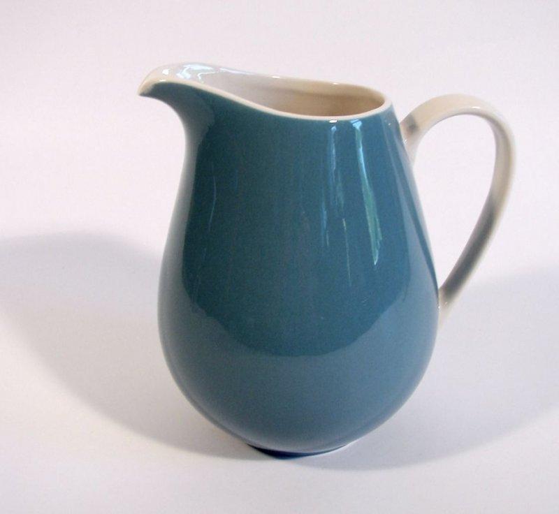 v b villeroy boch mettlach saar krug kanne blau keramik um 1950 f r 1 35 l ebay. Black Bedroom Furniture Sets. Home Design Ideas