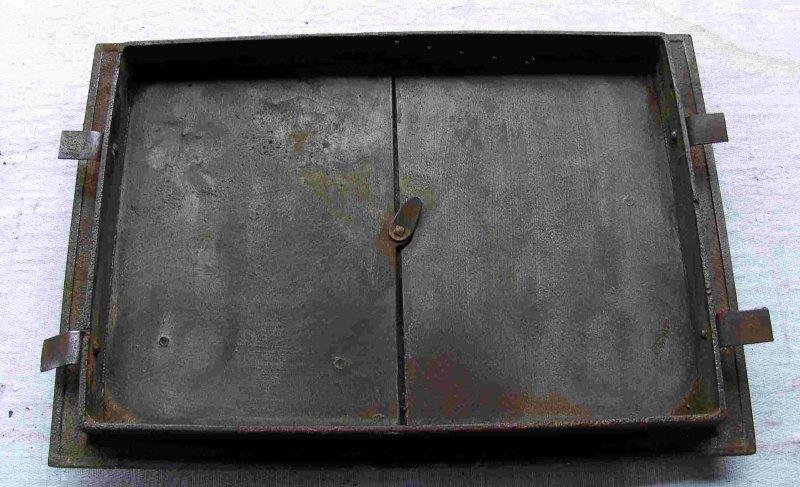 antike gro e ofent ren l und r mit rahmen guss ebay. Black Bedroom Furniture Sets. Home Design Ideas