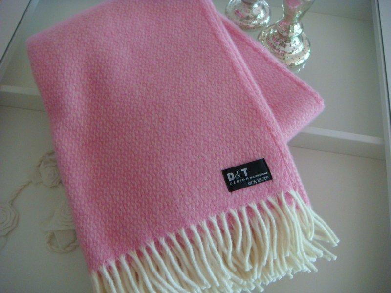 100 schurwolle decke winter wolldecke landhausdecke cottage rosa creme wei ebay. Black Bedroom Furniture Sets. Home Design Ideas