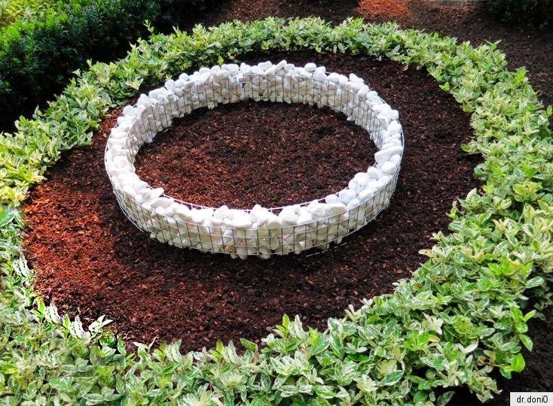 herz gitter schale grab pflanzen blumen trauer blumentopf schuzengel grabengel ebay. Black Bedroom Furniture Sets. Home Design Ideas