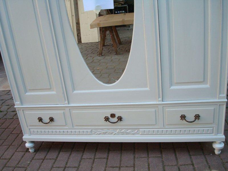 top kleiderschrank gross shabby chic antik weiss antikhandel ellrich 3 t rer ebay. Black Bedroom Furniture Sets. Home Design Ideas