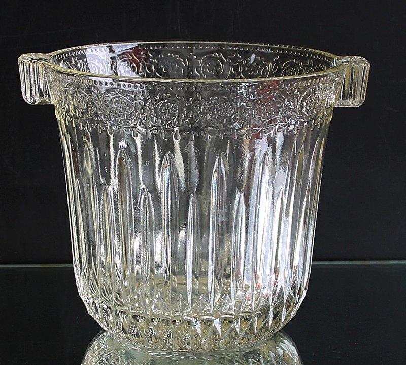 lterer glas pressglas sektk hler riccadonna um 1960. Black Bedroom Furniture Sets. Home Design Ideas