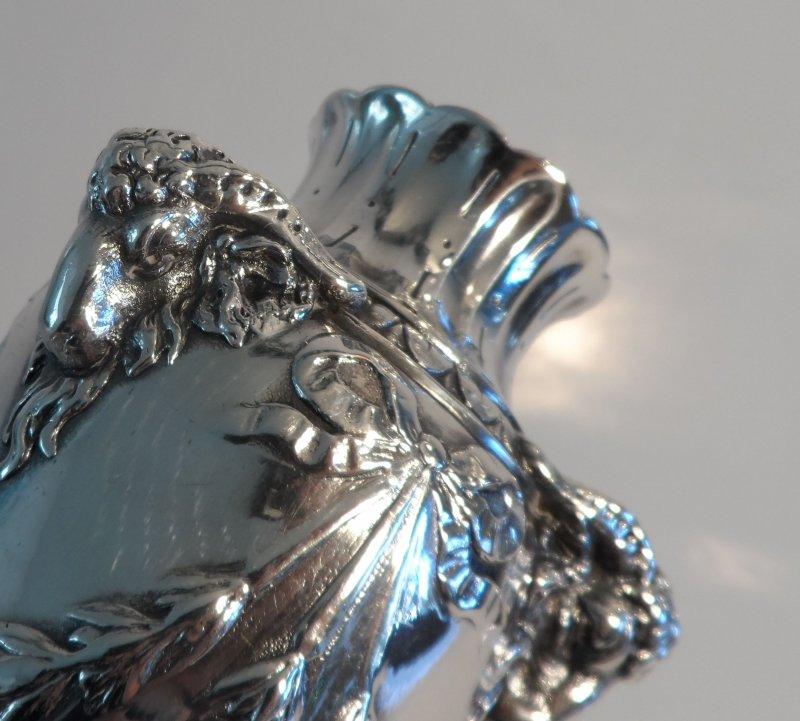 jugendstil vase mit widderk pfen christofle paris ebay. Black Bedroom Furniture Sets. Home Design Ideas