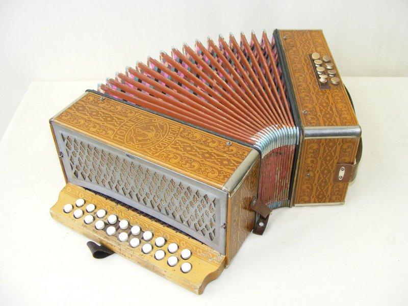 sch nes altes accordeon akkordeon holz hohner marca ebay. Black Bedroom Furniture Sets. Home Design Ideas