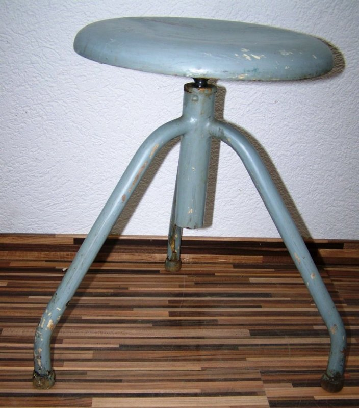Vieux pivotant tabouret d 39 atelier designer tabouret bois vintage de bar chaise ebay - Tabouret d atelier vintage ...