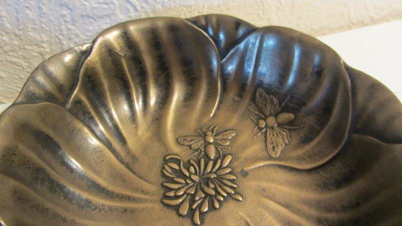 actina schwan krone schale bl ten bienen bronze klangschale glockenton ebay. Black Bedroom Furniture Sets. Home Design Ideas