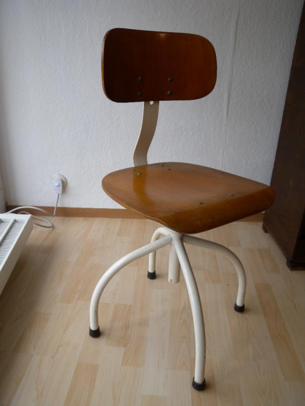 Bauhaus anatomic arzt industriedesign werkstatt stuhl for Industriedesign stuhl