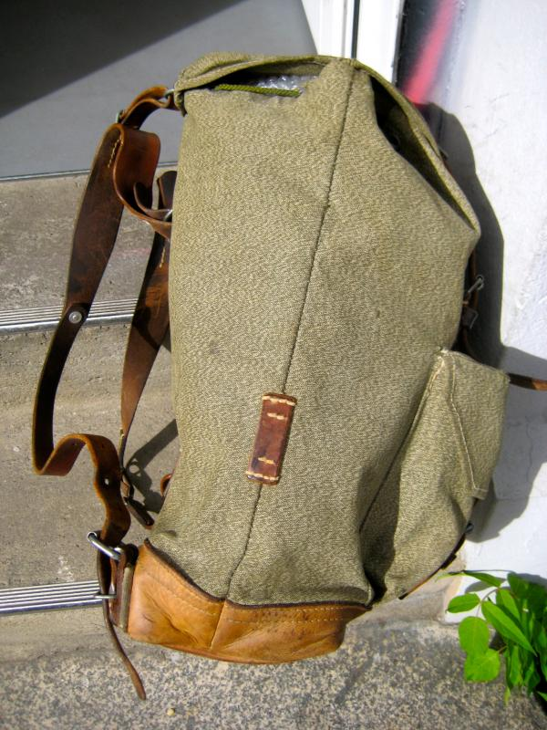 armee rucksack schweizer milit r vintage backpack blogger. Black Bedroom Furniture Sets. Home Design Ideas