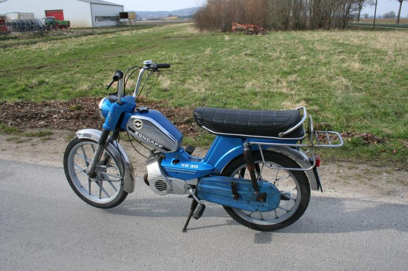 z ndapp zd30 moped mit automatik motor original papiere l uft alles funktioniert ebay. Black Bedroom Furniture Sets. Home Design Ideas
