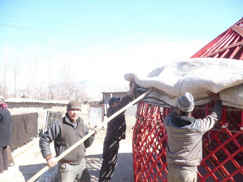 nomaden jurte 4 0m jurta kirgisien kasachstan kirgistan. Black Bedroom Furniture Sets. Home Design Ideas