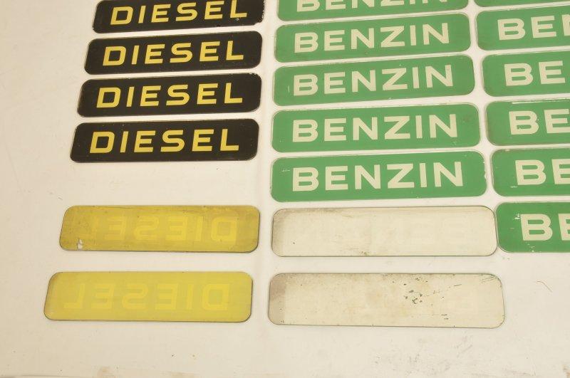 Tanksäulen RaritÄt Großer Benzin Schriftzug Auf Glasscheibe Für Satam Benzinzapfsäulen Sammeln & Seltenes