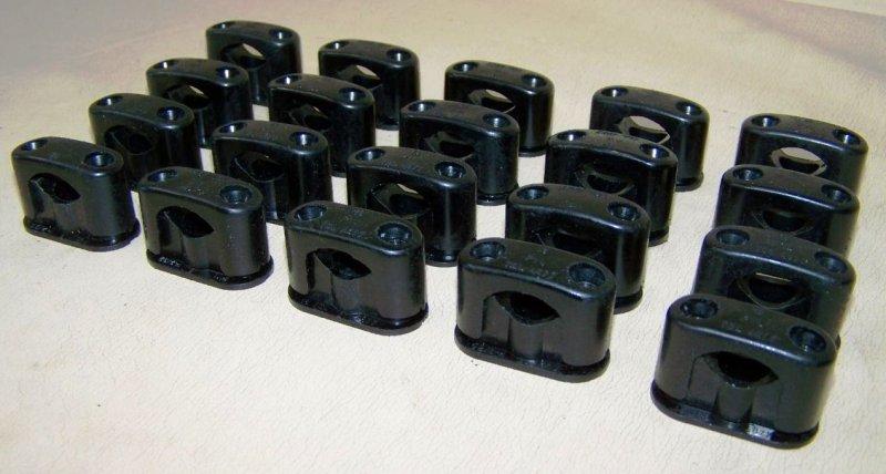 10 Alte Kabelklemmen Size S Bakelit für Schalter Steckdose Kabelschelle