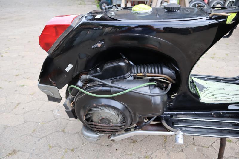 vespa p 80 x lusso von 1993 motor l uft papiere motorrad zulassung eingetragen ebay. Black Bedroom Furniture Sets. Home Design Ideas