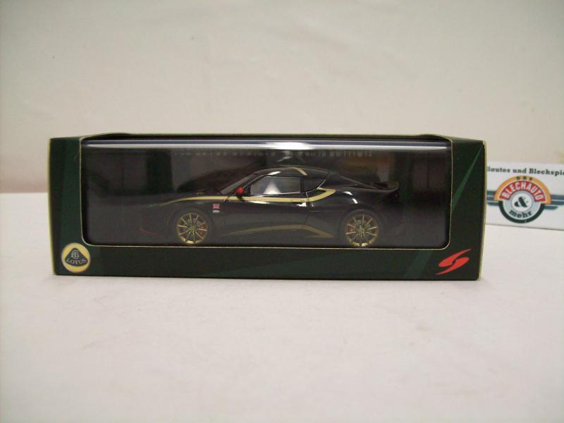 "Spark s2208 Lotus Evora /""Lotus jetalliance # 64 Le Mans 2011-1//43 Escala"